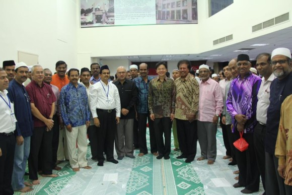 Ifthar 2015 - Photo with Community Leaders